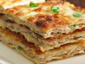 西安小吃:葱花大肉饼