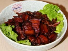【红烧肉的做法】三个技巧成就好吃而不油腻的红烧肉