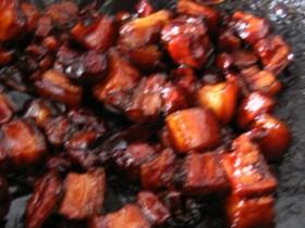 【红烧肉的做法】红烧肉制作秘籍——4个步骤3个关键